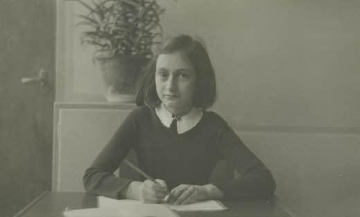 Anne Frank, Zesde Montessorischool, Amsterdam, 1941.